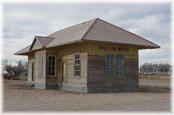 Depot at selkirk leoti kansas for Home depot wichita ks