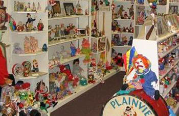Klown Doll Museum