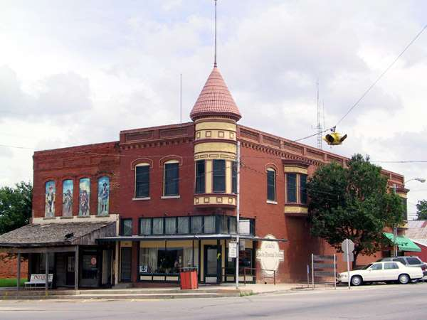 Apache Municipal Building