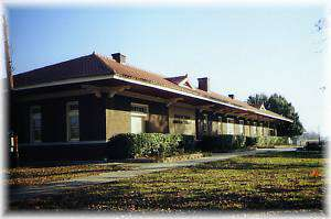 Missouri-Pacific Depot/Library