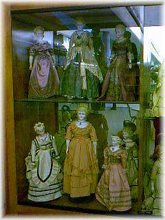 Eliza Cruce Hall Doll Museum