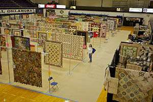 Judged show, vendors, raffle quilt drawing on Saturday, door prizes, demos