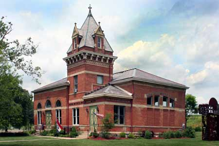 Pump House Center for the Arts